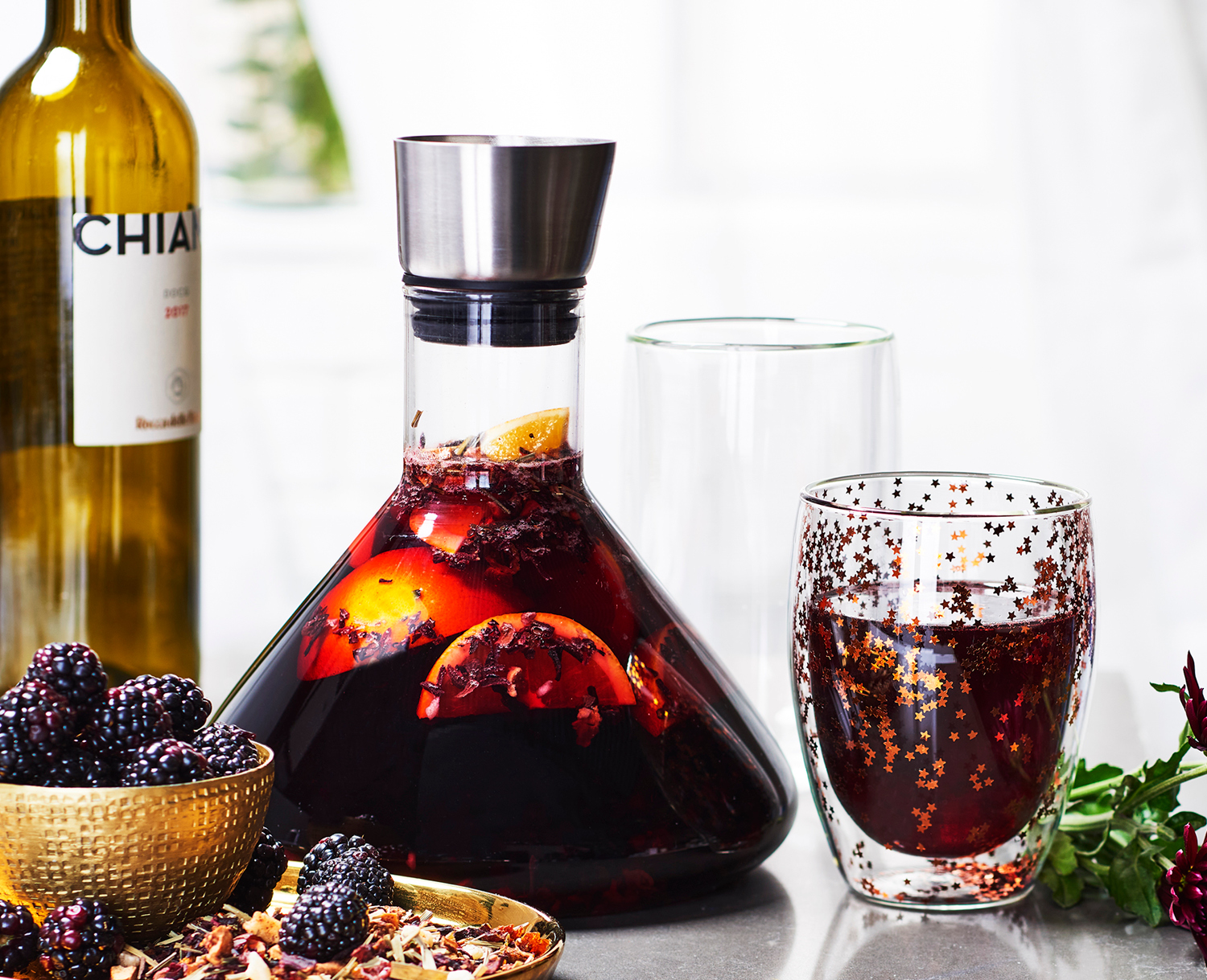 summer-berry-red-wine-sangria